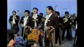 getlinkyoutube.com-roberto morales y mariachi vargas 3