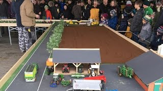 getlinkyoutube.com-RC Scale Truck´s, Tractor´s and Excavator´s in Action on a Exhibition