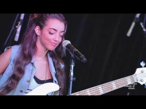 "Alissia Benveniste. ""Let it Out"" - Live at Berklee College of Music"