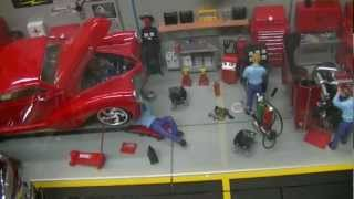getlinkyoutube.com-Snap-On Garage Diorama Updates, 1:18 Diecast Cars, Gas Island & Pumps By Crown Premiums