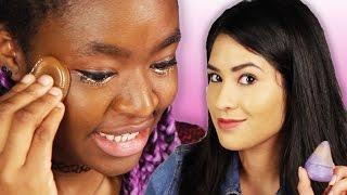 getlinkyoutube.com-Women Try Silicone Beauty Blenders