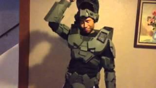 getlinkyoutube.com-Watch this awesome half finished cardboard halo armor