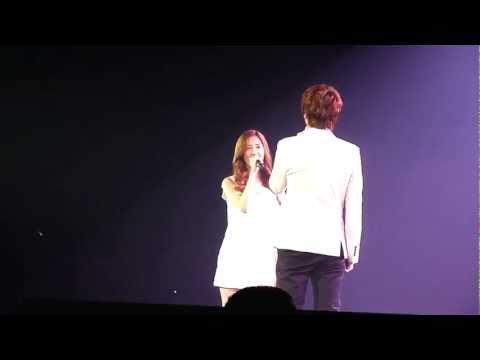 {fancam} Seohyun & Kyuhyun - Way Back Into Love (SM TOWN PARIS, JUNE 10TH 2011)