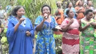 getlinkyoutube.com-Ushindi mukristo.Chorale de l'assemblée chrétienne de goma tmk