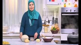 getlinkyoutube.com-دجاجة محشية بالارز والخضار - بطاطس شيبس - خبز بالفلفل الحار | على قد الأيد حلقة كاملة