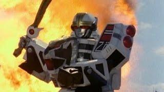 getlinkyoutube.com-Power Rangers - Megazord Destructions (Mighty Morphin - S.P.D.)