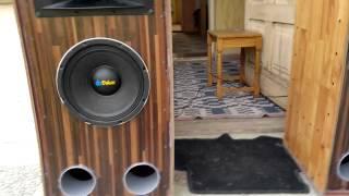 getlinkyoutube.com-Boxe Dibeisi 400W RMS [HD]