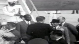 getlinkyoutube.com-President Sukarno Meets John F Kennedy in Washington, September 1961