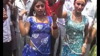 getlinkyoutube.com-Bharat band.. bihar me  bar dance