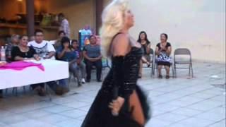 "getlinkyoutube.com-""Suavesito"" Laura Leon Divas Travesti Show"