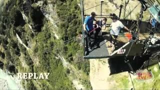 getlinkyoutube.com-NZ Shotover Canyon Swing - me apparently 'jumping' off