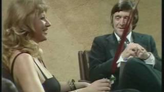 Helen Mirren - The sexist Parkinson's interview [1/2]