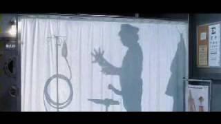 getlinkyoutube.com-Austin Powers y Miniyo - Sombras en el médico