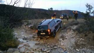 getlinkyoutube.com-SUV-34: Spécial Duster Off Road. Reco Terres blanches