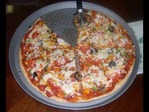 Homemade Pizza (Start to finish recipe-including pizza dough, sauce and toppings...)