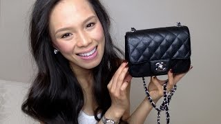 getlinkyoutube.com-What's In My Bag ? | Chanel Mini Flap