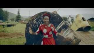getlinkyoutube.com-Tanga Agatego - Teta Diana (Official Video)
