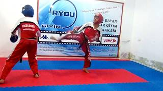 POİNT FİGHTİNG ( SEMİ CONTACT) 1 ANTRENÖR SEFER GÜNEŞ BURSA KICK BOKS