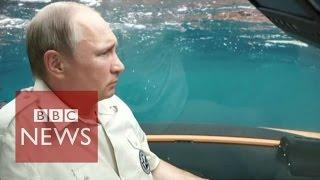 getlinkyoutube.com-Ukraine crisis: Putin shows who is boss in Crimea - BBC News