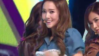 getlinkyoutube.com-Girls' Generation - Mr.Taxi, 소녀시대 - 미스터 택시, Music Core 20111022