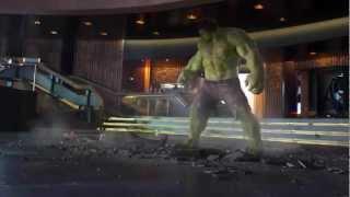 getlinkyoutube.com-Hulk Smashing Loki (The Avengers)