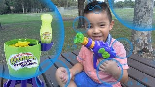 getlinkyoutube.com-Gazillion Tornado Bubble Machine And Bubble Gun Kids Outdoor Playtime Fun Wih Ckn Toys