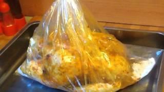 getlinkyoutube.com-how to make roasted chicken in oven bag? فراخ مشويه فى كيس الفرن