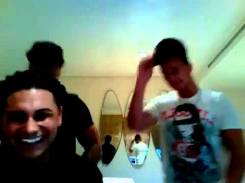 Jersey Shore cast - Pauly D , Vinney, Ronnie and Sammy dancing to No Americano
