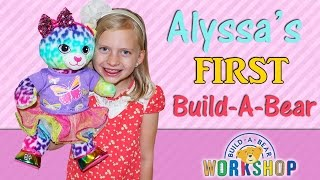getlinkyoutube.com-Alyssa's First Build-A-Bear