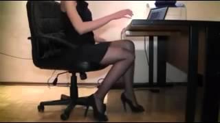 getlinkyoutube.com-Hot girl in the office 2