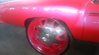 getlinkyoutube.com-Riding Big Car Show 2014 DODGE CHARGER & CHEVY MONTE CARLO on Big 32 Inch Rims on Cars part 25)