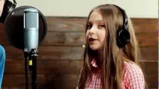 getlinkyoutube.com-Ukraynalı öğrencilerden Türkçe Olimpiyatları şarkısı Yeni Bir Dünya Dinle