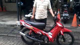 getlinkyoutube.com-Yamaha f1zr 1997 full original os 0 body no repaint,hanya striping pake tahun 2001