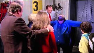 Violet Beauregarde turns into a Blueberry FULL HD 2