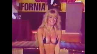 getlinkyoutube.com-Bikini Girl Christie 4