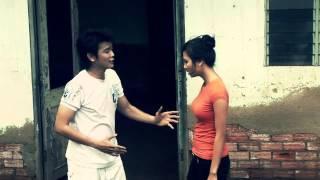 getlinkyoutube.com-nụ cười biệt ly-Linh Tý