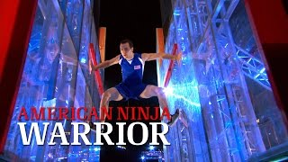 getlinkyoutube.com-Joe Moravsky at Stage 1 of American Ninja Warrior USA vs. The World 2014 | American Ninja Warrior