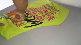 getlinkyoutube.com-DIY CUTTING T-shirt FOR ZUMBA® CLASS (Spanish)