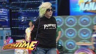 getlinkyoutube.com-It's Showtime: Vice Ganda walks out!