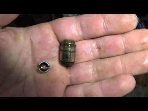 Где у Митсубиси Л200 находится прокладка клапанной крышки
