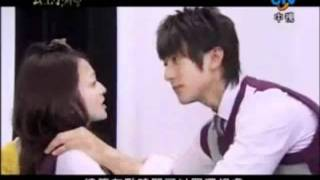 getlinkyoutube.com-Romantic Princess Dressing Room Scene Kiss!