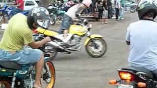 getlinkyoutube.com-InduBrasil 2014 Motos Empinando Grau Babalu! wheeling Game Of Death Freestyle Os Melhores!!!