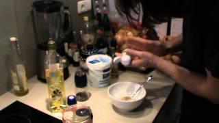 Mayo-yoghurt dressing voor een koolhydraat arme salade.