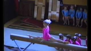 getlinkyoutube.com-Wiktoria WESELAK - gimnastyka sportowa                  1986-1990 *treningi,pokazy,zawody*