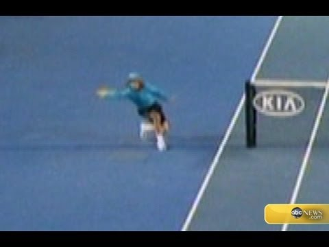 Amazing Catch by Ball Boy at Australian Open
