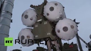 getlinkyoutube.com-Russia: Anti-aircraft unit take up defensive positions in Novaya Zemlya