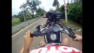 getlinkyoutube.com-Empinando moto Fanzinha 2008 até de 5° marcha.