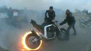 getlinkyoutube.com-Motorrad Burnout Fireburnout Amazing