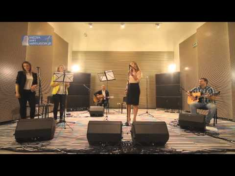 Večer duhovne glazbe s Marijom Husar iz Studio 3 Radio MIR Međugorje.