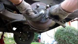 TUTO (1/3) changer/purger le liquide de frein (how  to change/flush your brake fluid)